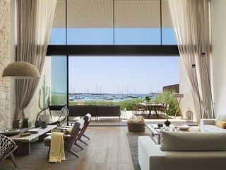 Colonia Ferrer - Design seafront villa in the southwest coast of Mallorca