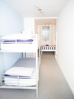 Family Room - Photo 3.