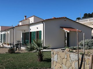 4 bedroom Villa with WiFi - 5768710