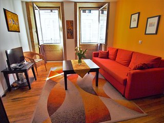 Cheerful Apartment in the Historic Center, just steps away from the Cathedral!