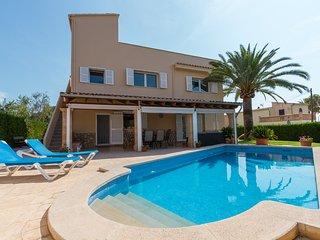 Villa Alzina es un alojamiento vacacional a 10 minutos de la playa Cala Millor