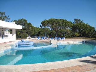 V200- 1 BED APARTMENT IN VICTORY VILLAGE - QUINTA DO LAGO