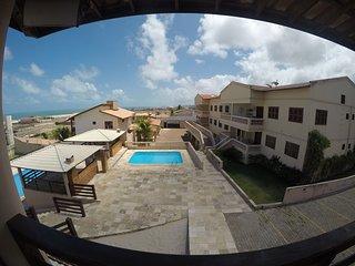 Apto 4 suites com ar para 15 pessoas a 150m do mar sabah