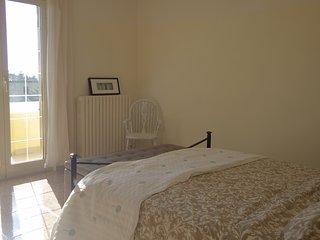 Spacious 6 bedroom villa, sleeps 12, in the gorgeous Abruzzo countryside