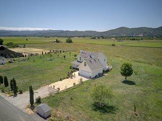 Makiivka Estate Vineyard Farm Reserve