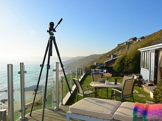 74824 Log Cabin situated in Whitsand Bay