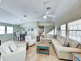 New Listing! 'Popsicle Stix' - Posh Home w/ Pool - 2 Miles to Beach