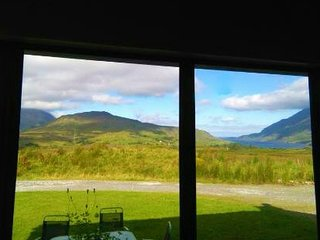 Leenane Holiday Home Rental