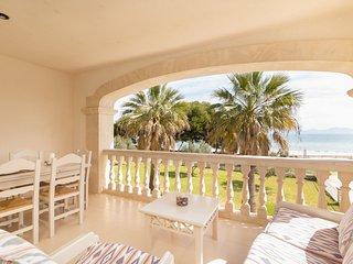 Vidalba 23 - Beachfront apartment in the Port d'Alcudia