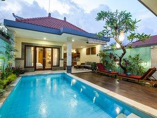 3BR Private Pool Villa Near All Canggu Beach Bali