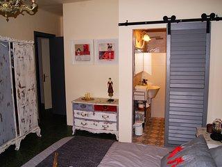Can Brugada. Apartamento con encanto cerca de l'Estany