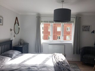 Lovely Room on the Quay