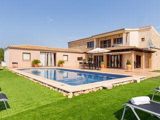 Villa Rafal - Modern villa with private pool near Sa Pobla
