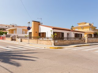 Villa Xavier - Beautiful villa in Can Picafort, 200 meters from the beach