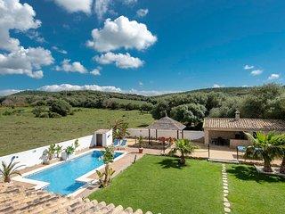 La Zahora Villa Sleeps 7 with Pool Air Con and WiFi - 5604494