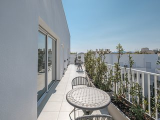 RLR4B096 - Stunning 4 bedroom penthouse with multiple terraces and roof garden