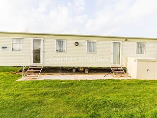8 berth caravan for hire in Heacham at the brilliant holiday park in Norfolk.