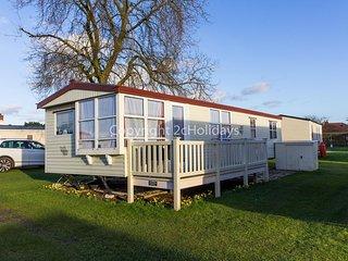 6 berth caravan near Skegness at Sunnydale Holiday Park ref 35011