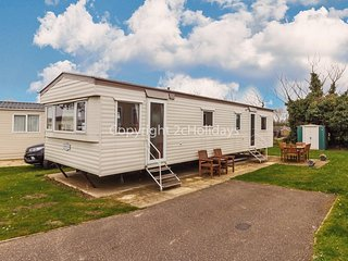 10 berth caravan for hire at Cherry Tree Holiday Park near Great Yarmouth