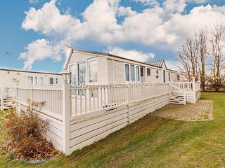 Dog friendly caravan for hire at Cherry tree holiday park in Norfolk ref 70847