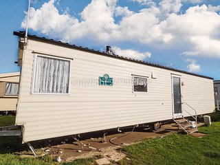 8 berth dog friendly caravan at Seashore Haven in Great Yarmouth ref 22020F