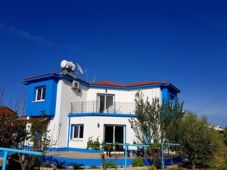 OLIVE TREE VILLA   LAPTA HOLIDAY HOMES 3 double bedrooms