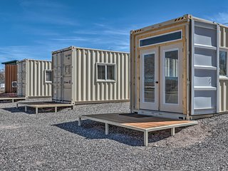 NEW-Chic Eagar Tiny Home w/Patio in the White Mtns