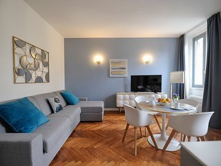 Opale - elegant, renovated & bright, near Castello Sforzesco
