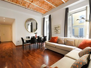 Rubino - beautiful and spacious 3 bedroom apartment in Brera