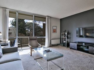 DT Palo Alto Urban Flat - 1BR w/ Gym + Pool & More