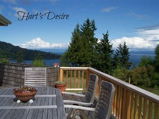 Hart's Desire on Freshwater Bay, 12 miles from Port Angeles