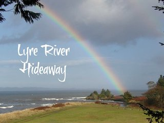 Off the grid hideaway with views of the Strait of Juan de Fuca and Lyre River