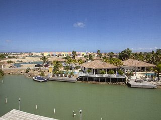 Total View Apartment on Caribbean Court