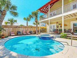 5BR Gulf Getaway w/ Heated Pool, Spa, Deck & Game Room - 2 Blocks to  Beach