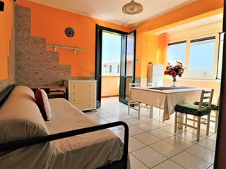 Calipso holiday home in Torre Dell'Orso with pool