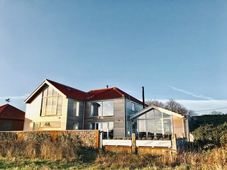 Marsh Tide Coastal Home with amazing views over the creeks & Marshes out to Sea