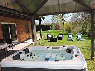 Barruerot : Gite Cedre - JACUZZI Privatif - Clim - Ideal detente a la campagne !