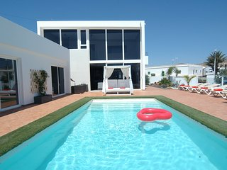 Fantastic 4 bedroom villa in Tias with Air Conditioning LVC318814
