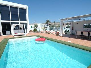 Fantastic 4 bedroom villa in Tias with Air Conditioning LVC318814