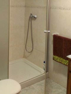 ducha con mampara cristal