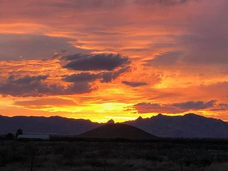 Arizona $735WK 25AC Scenic Birders Ranch, 360 Mtn Views, 3 Ghost Towns, WiFi