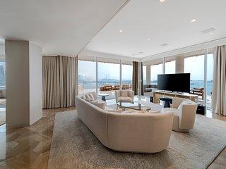 Platinium Penthouse - Five Palm Dubai