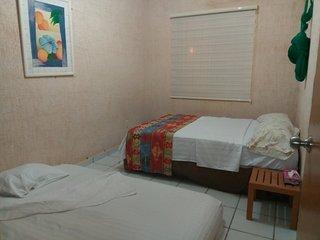 Casa Privada De 1 Recamara En Puerto Morelos, Mexico A 10 Minutos De La Playa.