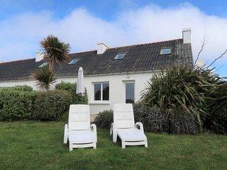 3 bedroom Villa with Walk to Beach & Shops - 5653170