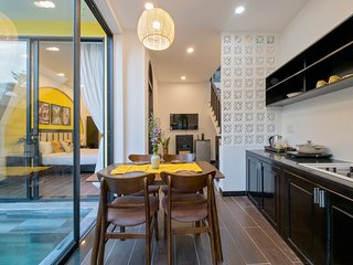 Rosie Villa in Hoi An with 2 Room size King, private Kitchen & Pool