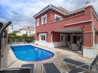 Casa Gemela - Stunning Villa with Heated 8M Pool & Golf Course Views.