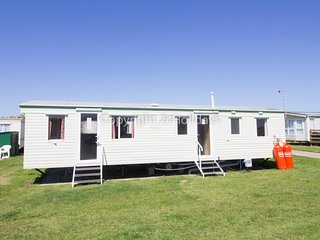 9 berth dog friendly caravan for hire at Broadland Sands site ref 20026BS