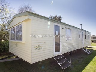 8 berth caravan for hire near Great Yarmouth at Broadland sands ref 20112