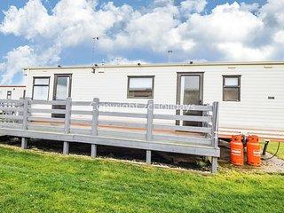 6 berth caravan at Broadland sands for hire in Suffolk ref 20062.