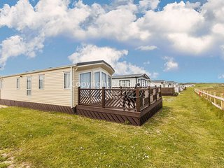 Full seaview stunning caravan for hire at Broadland Sands ref 20286BS